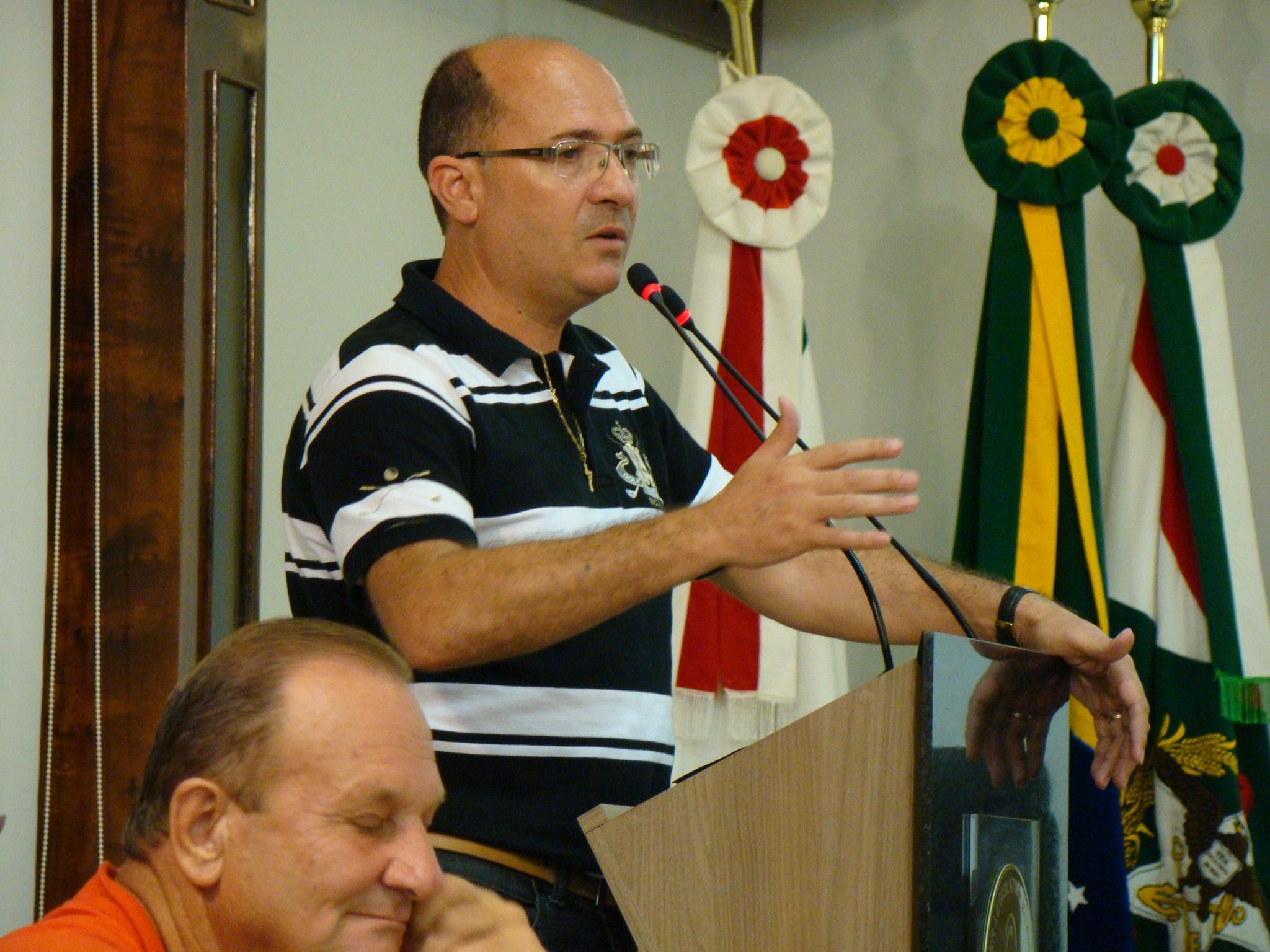 Vereador Ademar Possamai (DEM) comentou que este repasse para o Fundo Municipal de Saúde vai contribuir para aliviar o atendimento nos postos de saúde