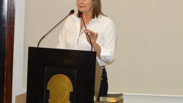 vereadora Natália Lúcia Petry (PMDB)