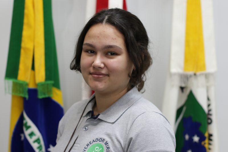 Thaina Eichstadt dos Santos (E.M.E.B. Helmuth Guilherme Duwe)